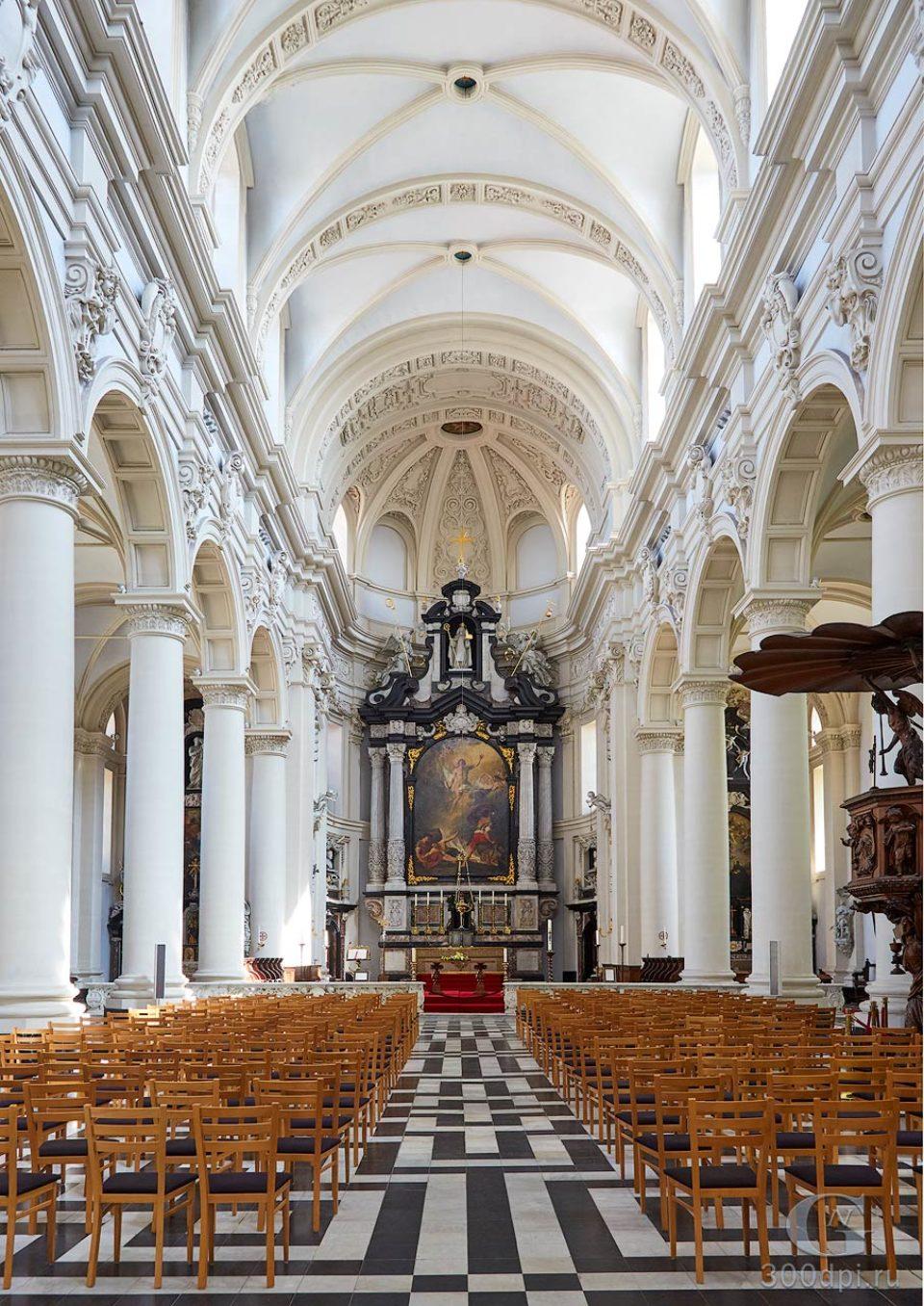 Церковь Святой Вальбурги Бельгия, Брюгге